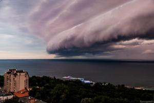 Буря в Одессе,похожая на Торнадо